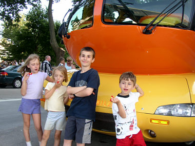 Wienermobile on oscar mayer wienermobile whistle